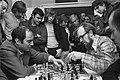 Hoogovenschaaktoernooi Wijk aan Zee , Tal (links) en Zuidema analyseren laatste , Bestanddeelnr 926-1979.jpg