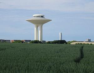 Hyllievång - Image: Hyllie vattentorn, sommar