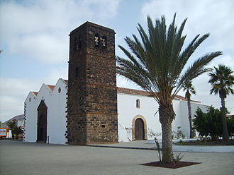 La Oliva - Image: Iglesia de Nuestra Señora de la Candelaria La Oliva Fuerteventura 1