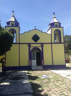 Iglesia de San José Ajacayan.JPG