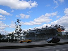 Intrepid Sea-Air-Space Museum, Manhattan.jpg
