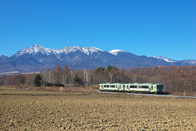 JRE-Koumi-line-Nobeyama01.jpg