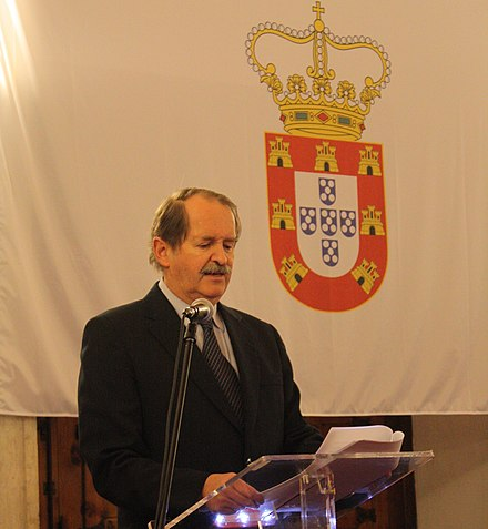 D. Duarte Pio, Duke of Braganza, Head of the House of Braganza and recognized pretender to the Crown of Portugal since 1976. Jantar dos Conjurados.2008 029 (cropped).jpg
