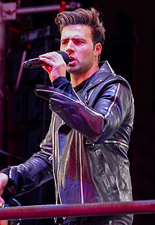 Jencarlos Canela American actor and singer-songwriting musician