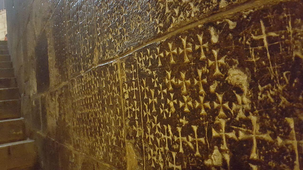 Treppe zur St. Helene Kapelle in der Grabeskirche - Sehenwürdigkeit in Israel - vergrößerbar