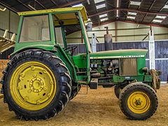 John Deere 2130 in barn.jpg