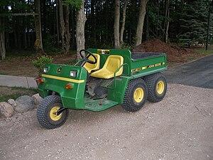 John Deere Gator - The John Deere AMT 622/626 was the second-generation predecessor to the Gator 1988-1998.