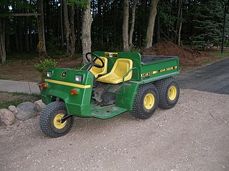 John Deere Gator - The John Deere AMT 622/626 was the second-generation predecessor to the Gator 1988-1998.