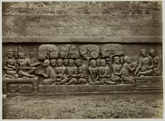 KITLV 28056 - Kassian Céphas - Relief of the hidden base of Borobudur - 1890-1891.tif