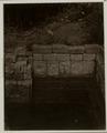 KITLV 28276 - Isidore van Kinsbergen - Relief on the right side of a bathtub in 1490 near Panataran, Kediri - 1867-02-1867-06.tif