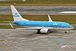 KLM, PH-BGQ, Boeing 737-7K2 (40107567932).jpg