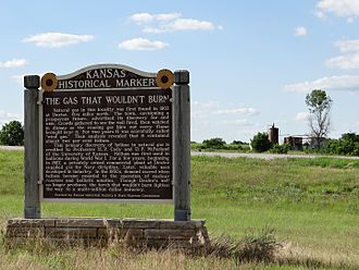 Helium - Historical marker, denoting a massive helium find near Dexter, Kansas
