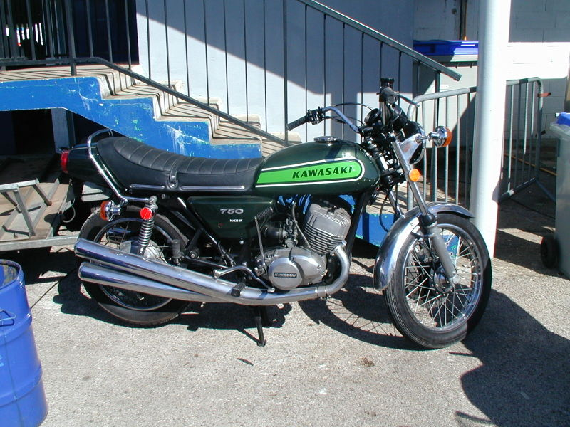 File:Kawasaki 750.jpg