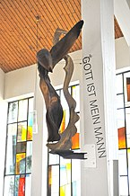 Krumpendorf_Pfarrkirche_heiliger_Georg_Inneres_Erzengel_Gabriel_09032013_121.jpg