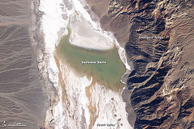 Lake Badwater, Death Valley, 2005.jpg