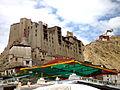 Le palais de Leh et le Namgyal Tsemo.jpg