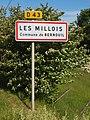 Les Millois-FR-89-panneau agglomération-01.jpg
