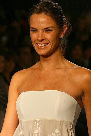 Letícia Birkheuer - Letícia at Fashion Rio Verão 2007