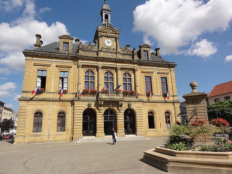 Longuyon (Meurthe-et-M.) Hôtel de Ville