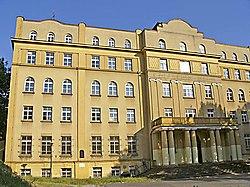 בנין ישיבת חכמי לובלין בפולין (2006)