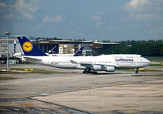 Singapore Changi Airport - A Lufthansa Boeing 747-400 taxiing. (2007)