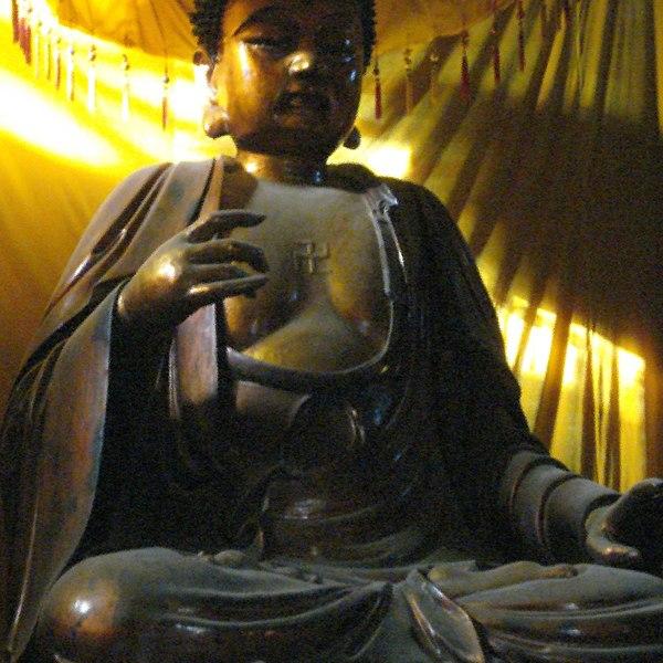 File:Luoyang - swiatynia.buddyjska.Baima.Si - Bialego.Konia-11.jpg