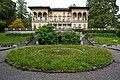 Luzern Villa Bellerive fountain pond.jpg