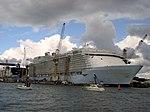 MS Oasis of the Seas, Turku, 26.7.2009.JPG