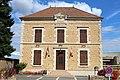 Mairie Vinzelles Saône Loire 2.jpg