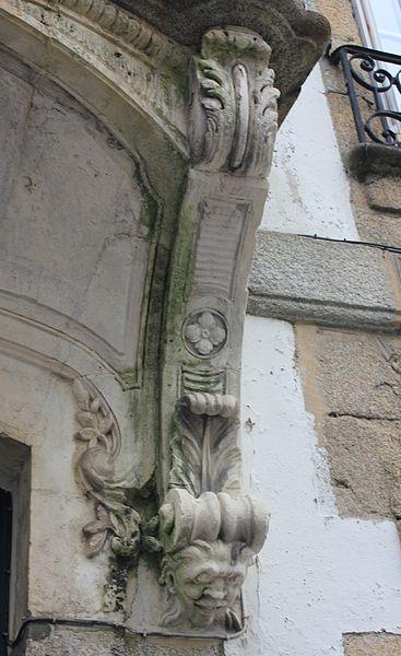 Maison classé monument historique du 18 rue Jules Legrand à Lorient. Détail balcon.