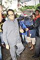 Manoj Kumar visits Dara Singh's home 15.jpg