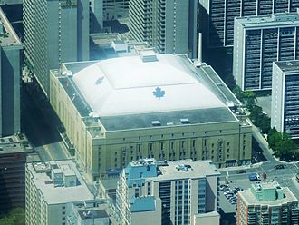 Maple Leaf Gardens - Image: Maple Leaf Gardens, east side