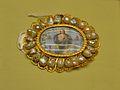 Medalló devocionari d'or i perles, segle XVIII, museu Soler Blasco, Xàbia.JPG