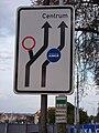 Milady Horákové, značky před odbočením ulice Na valech.jpg