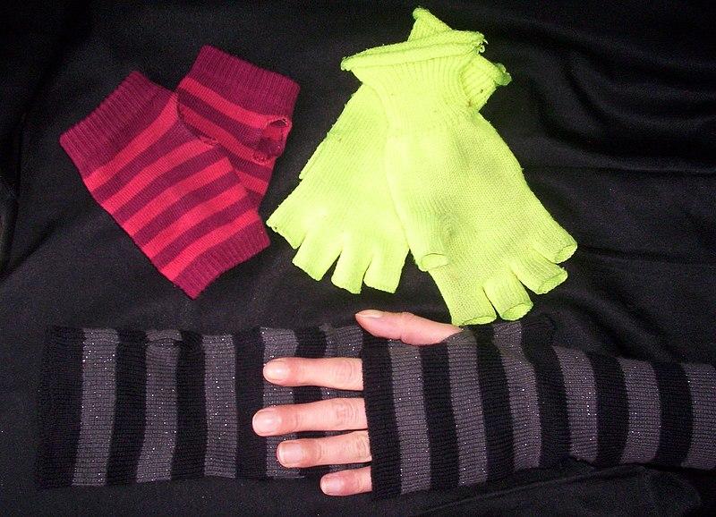 Перчатки без пальцев 6