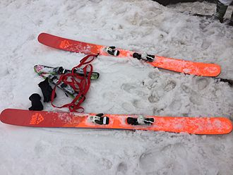 Ski geometry - Modern powder skis are much wider than on-piste designs. This example has noticeable rocker shaping at the tip and tail, while retaining some camber and sidecut.