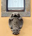 Montevettolini, edifici 04 stemma.JPG