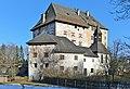 Moosburg Schloss 1 Schloss S-Flügel mit Schlosskapelle SW-Ansicht 26012015 9083.jpg