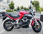 Moto Guzzi Breva 1100 (1).jpg