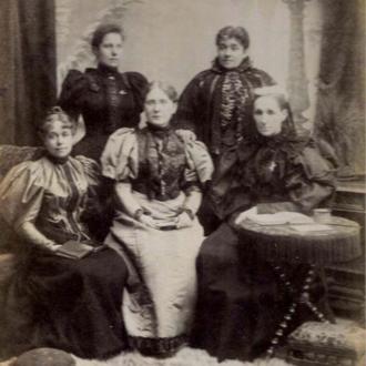 Anna Adams Gordon - Temperance group in 1895, back l to r. Gordon, Mary E. Sanderson, (front) Agnes Elizabeth Slack, Frances E. Willard, and Lady Henry Somerset