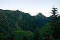 Mt.Akadake from Mt.Akaiwanoatama 01.jpg