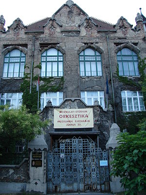 Hungarian Natural History Museum - Botanical collections are still housed in this historical building on Könyves Kálmán Street, but are not open for visitors