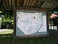 Nebušice, náměstí Padlých, turistická mapa.jpg