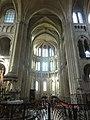 Noyon (60), cathédrale Notre-Dame, croisée du transept, vue vers le sud.jpg