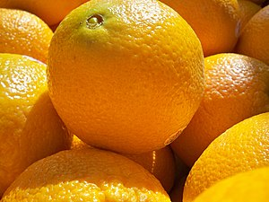 Navel oranges at a market.