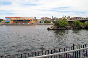 Oswego River (New York) - The Oswego River as it passes through the city of Oswego.