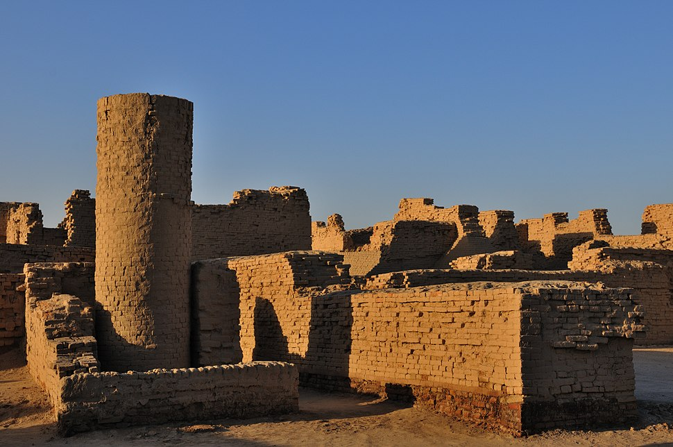 Other side of Moenjodaro by Usman Ghani