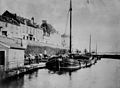 Oude walmuur, links Onze Lieve Vrouwepoort - Maastricht - 20145499 - RCE.jpg
