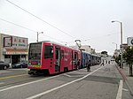 Outbound train at Taraval and 32nd Avenue, June 2017.JPG