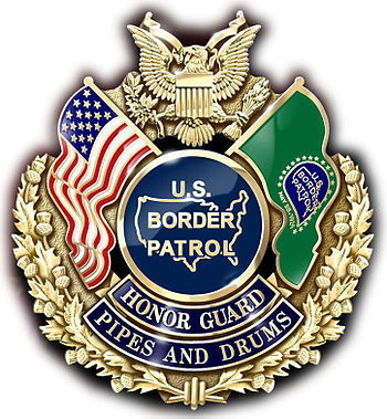 English: Border Patrol Pipes and Drums Cap Badge